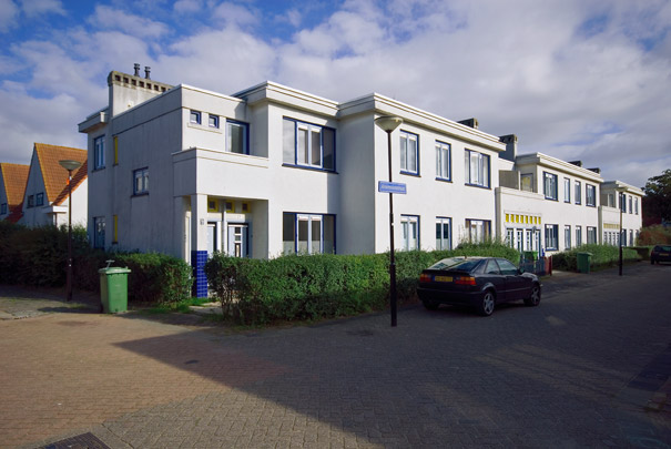 Betonwoningen Kossel I en II / Concrete Housing Kossel I and II ( F.G.C. Hulsbosch )