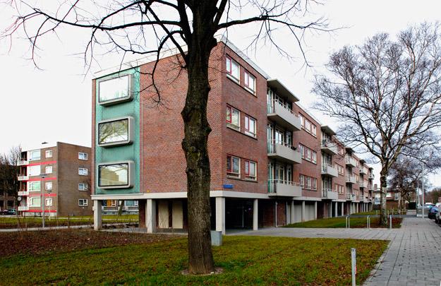 Woningbouw De Vissenkommen / Housing 'Fish-Bowls' ( H.N.M. Nefkens )