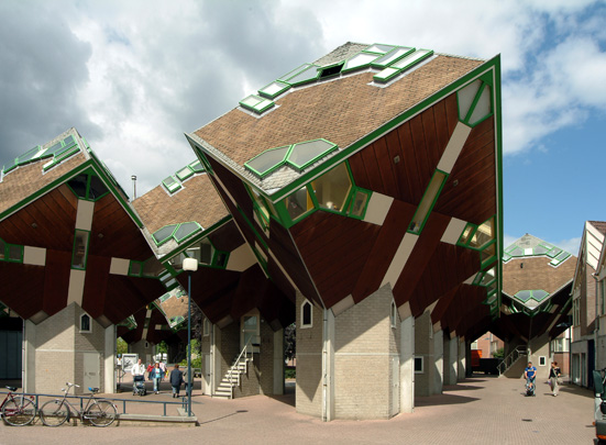Speelhuis; Kubuswoningen / Cultural Centre; Cube Houses ( P. Blom )