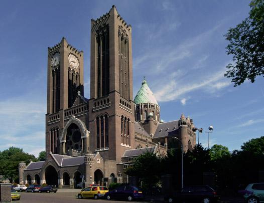 RK kerk Sint Bavo Haarlem / Roman Catholic Church Haarlem (Sint Bavo) ( J.Th.J. Cuypers, J. Stuyt )