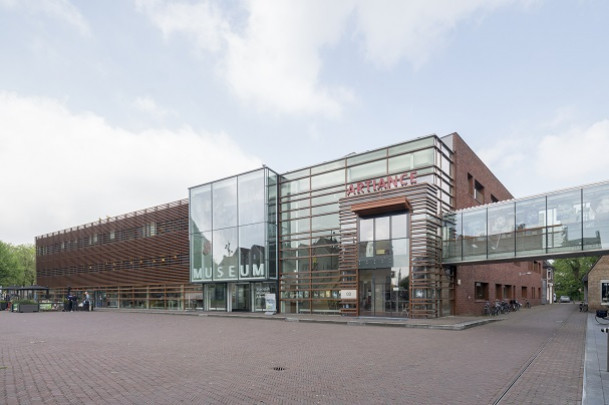 Cultureel Centrum Alkmaar / Culture Centre Alkmaar ( Mecanoo )