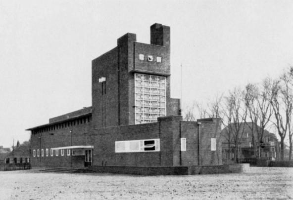 Openbare Lagere School Harlingen / Openbare Lagere School Harlingen ( R. Strak )