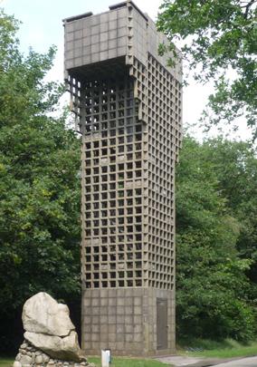 Luchtwachttoren Oudemirdum / Air Defence Tower Oudemirdum ( M. Zwaagstra i.s.m. A. van der Steur, W.H.C. Herman de Groot )