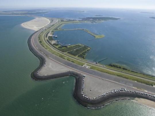 Brouwersdam / Brouwersdam ( Rijkswaterstaat )