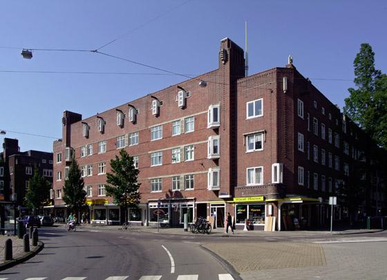 Woningbouw Hoofddorpplein / Housing Hoofddorpplein ( J.M. van der Mey, J.J.B. Franswa )