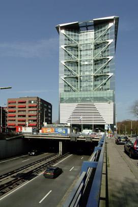 Kantoorgebouw Malietoren / Office Building Malietoren ( Benthem Crouwel )