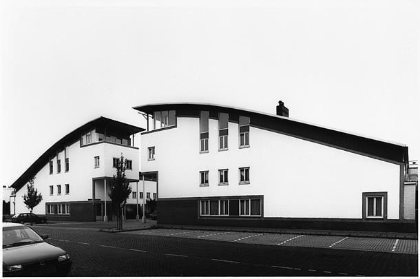 Woningbouw Zandershof / Housing Zandershof ( H.J.M. Ruijssenaars )