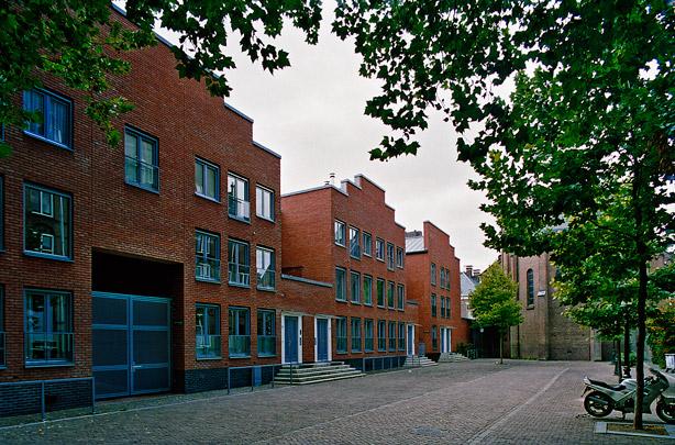 Woningbouw Mariaplaats / Housing Mariaplaats ( AWG bOb van Reeth )
