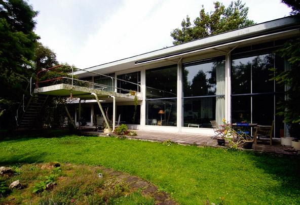 Eigen woonhuis Van den Broek (Ypenhof) / Own House Van den Broek (Ypenhof) ( J.H. van den Broek )
