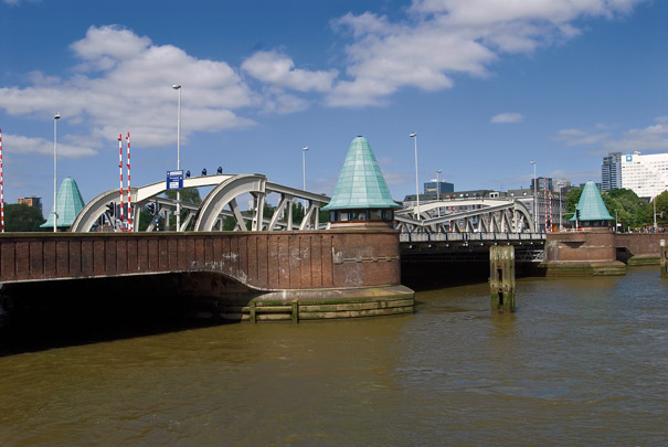 Koninginnebrug / Bridge ( A.H. van Rood, W.G. Witteveen ) 