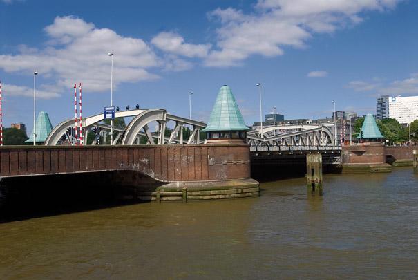 Koninginnebrug / Bridge ( A.H. van Rood, W.G. Witteveen )