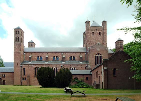 RK kerk van het Groot Seminarie Haaren / Roman Catholic Church Haaren ( M.J. Granpré Molière, H. van Helvoort )