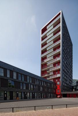 Studentenhuisvesting Uithof (De Bisschoppen) / Student Accomodation Uithof (De Bisschoppen) ( Köther & Salman )