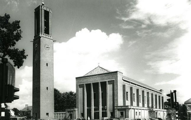 RK kerk Sint Michaël Emmeloord / Roman Catholic Church Emmeloord ( J.A.M. Starmans, P.H.A. Starmans )