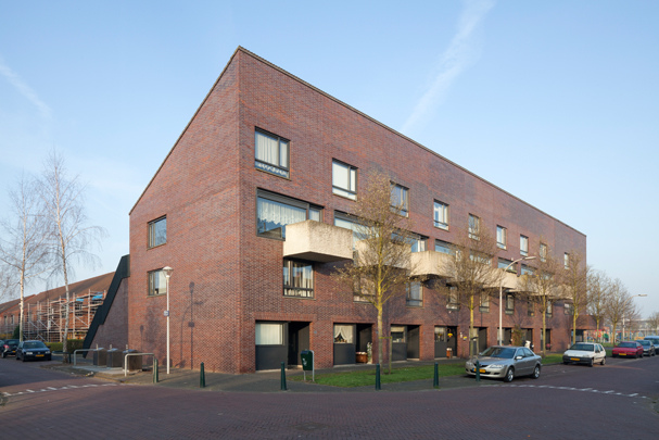 Woningbouw Ypenburg / Housing Ypenburg ( Maccreanor Lavington )