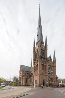 RK kerk Sint Bonaventura Woerden / Roman Catholic Church Woerden ( N. Molenaar sr. )