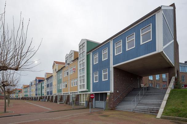 Woningbouw Groote Dok West  / Housing Groote Dok West  ( G. Daan, TWA Architecten )