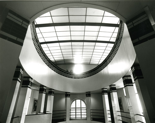 Interieur Spaarbank Limburg / Bank Interior ( J.M.J. Coenen )