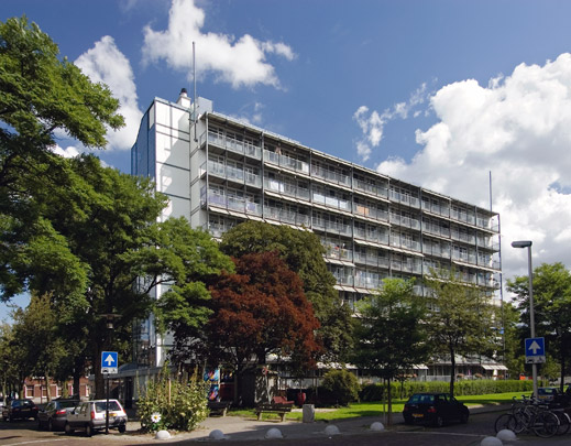 Woongebouw Bergpolder / Housing Block Bergpolder ( W. van Tijen, Brinkman & Van der Vlugt )