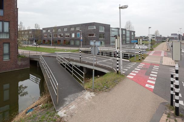 Bruggen Parkwijk Leidsche Rijn / Bridges Parkwijk Leidsche Rijn ( Maxwan )
