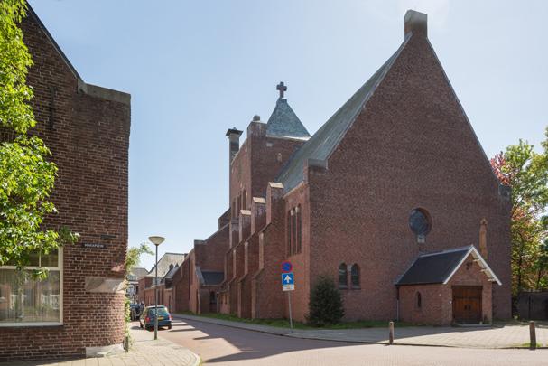 RK kerk Maria Middelares aller Genaden Vught / Roman Catholic Church Vught ( A.J. Kropholler )
