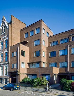 Woongebouw Westzeedijk / Housing Block Westzeedijk ( F.L. Lourijsen )