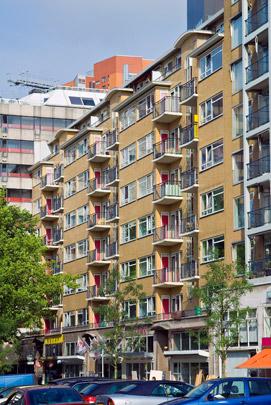Woningbouw met winkels Dennehove / Housing and Shops ( J. Wils )