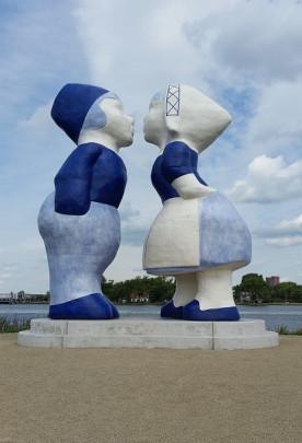 Kissing Couple XXXL  / Kissing Couple XXXL  ( S. van der Eerden )