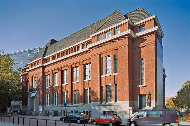 Bibliotheek Erasmus (Erasmus University College) / Library Erasmus (Erasmus University College) ( D.B. Logemann, N. Lansdorp, J. Poot )