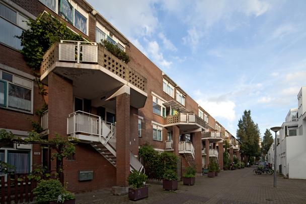 Stadsvernieuwing Haarlemmer Houttuinen (Hertzberger) / Urban Redevelopment Haarlemmer Houttuinen (Hertzberger) ( H. Hertzberger )
