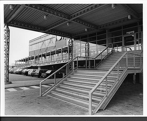 Woonwarenhuis IKEA / Department Store IKEA ( J. Brouwer )