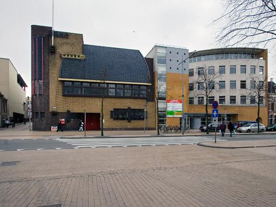 Kantoorgebouw Openbare Werken Groningen / Office Building Openbare Werken Groningen ( S.J. Bouma )