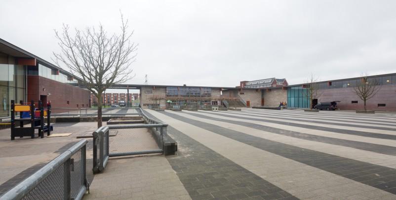 Brede school Oosterbreedte  / Community School Oosterbreedte  ( Sluijmer & Van Leeuwen )