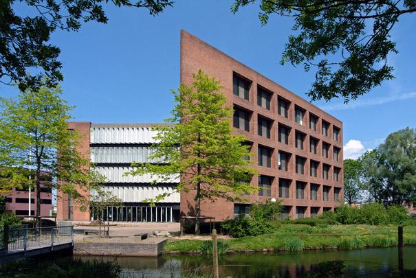 Kantoorgebouw Suikerunie / Office Building Suikerunie ( W.G. Quist )
