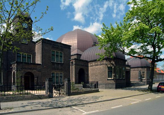 Synagoge Enschede / Synagogue Enschede ( K.P.C. de Bazel )