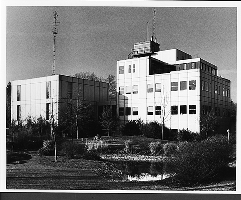 ROZ-Studio's / Broadcasting Studios ROZ ( P.G.H. Satijn )