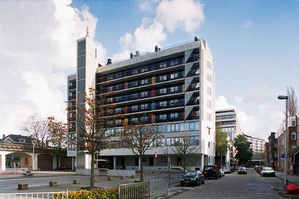 Woongebouw Agniesebuurt / Housing Block Agniesebuurt ( Dobbelaar De Kovel De Vroom (DKV) )