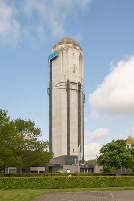 Watertoren Raamsdonksveer / Water Tower Raamsdonksveer ( H. Sangster )
