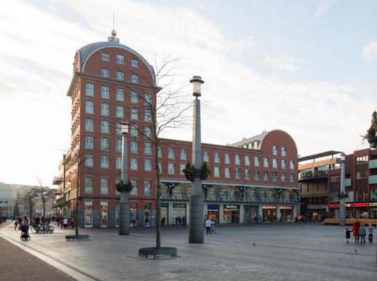 Winkelcentrum Statenplein / Shopping Centre Statenplein ( Ch. Vandenhove )