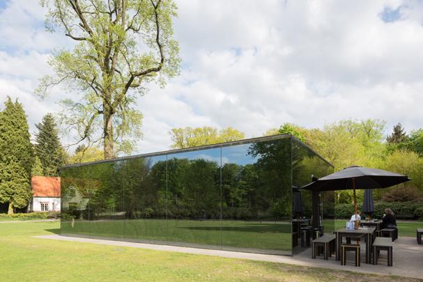 Paviljoen Grotto / Pavilion Grotto ( C. Morton )