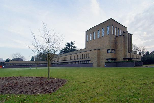 Johan van Oldenbarneveldt Gymnasium / Johan van Oldenbarneveldt Grammar School ( C.B. van der Tak (Gemeentewerken) )