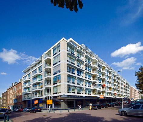 Woningbouw met winkels Groenendaal  / Housing and Shops Groenendaal  ( H.A. Maaskant )