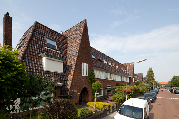 Woningbouw Dr. P.J.H. Cuypersplein / Housing Dr. P.J.H. Cuypersplein ( J. van Laren )