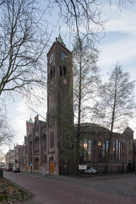 Gereformeerde Wilhelminakerk Dordrecht / Reformed Church Dordrecht ( Tj. Kuipers )