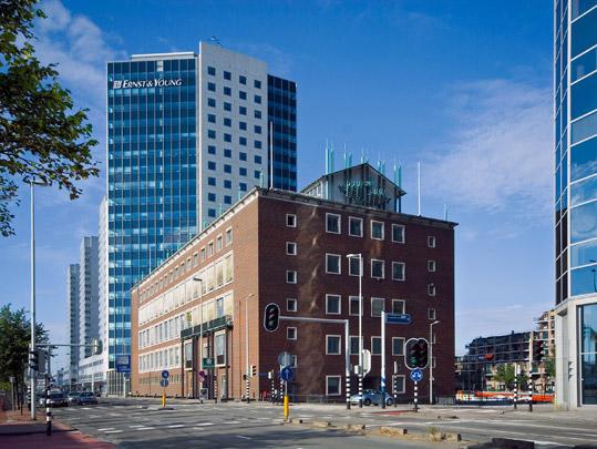 Bijkantoor Nederlandsche Bank Rotterdam / Branch Office Nederlandsche Bank Rotterdam ( H.T. Zwiers )