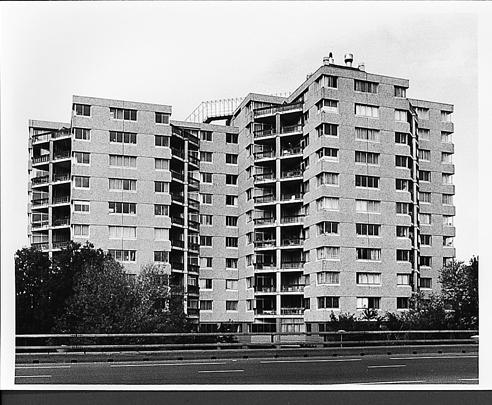 Woontorens Bijlmermeer / Residential Towers Bijlmermeer ( J. van Stigt )