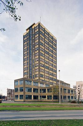 Kantoorgebouw GEB Rotterdam / Office Building GEB Rotterdam ( W.G. Witteveen, J. Poot, A. van der Steur )