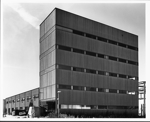 Eurotwin Business Centre / Eurotwin Business Centre ( Claus en Kaan )