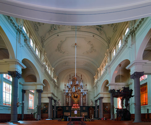 Oudkatholieke kerk Petrus en Paulus (Paradijskerk) / Vicarage and Church Rotterdam (Paradijskerk) ( P.A. Weeldenburg )