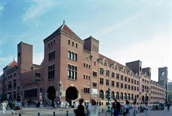 Koopmansbeurs / Exchange ( H.P. Berlage ) 